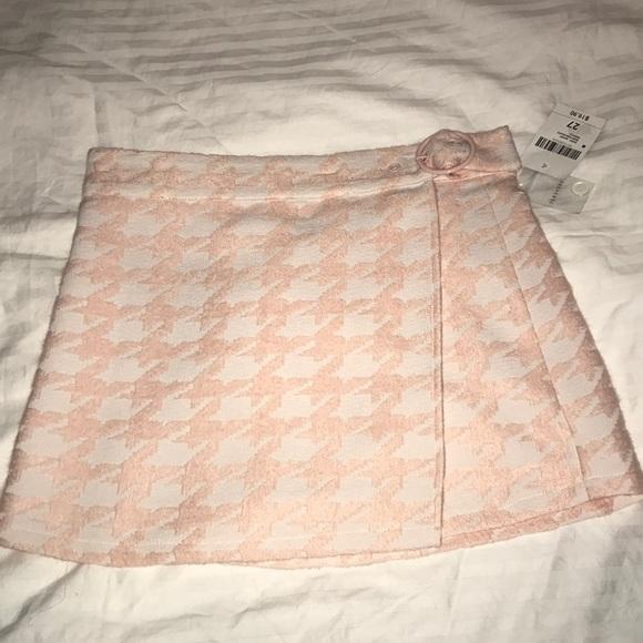 Forever 21 Dresses & Skirts - Pink and White Skirt